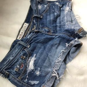 Hollister destroyed shorts 1